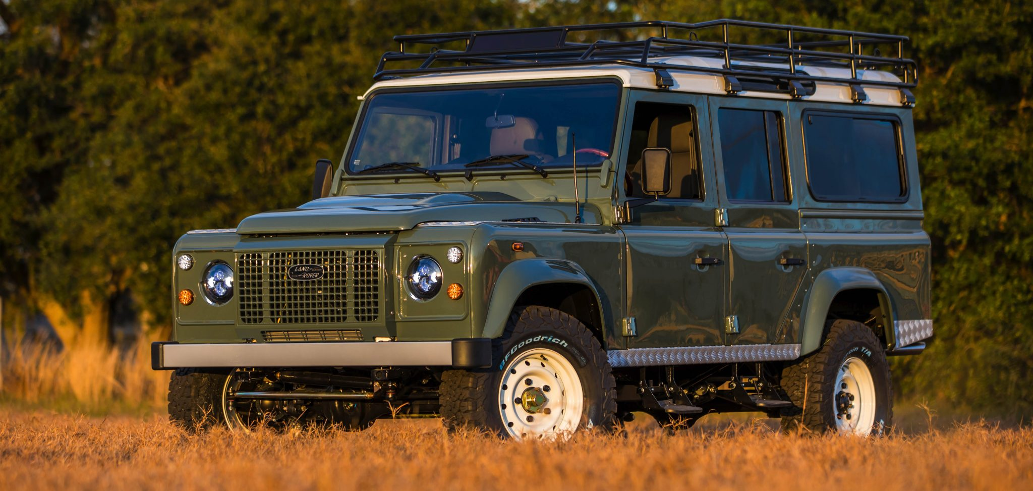 Custom Defender Land Rover 110