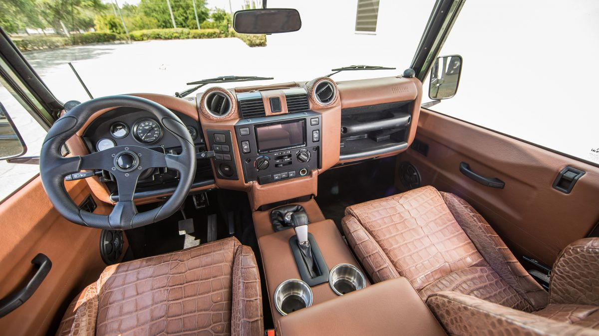 Land Rover Defender The Tech You Ve Come To Expect