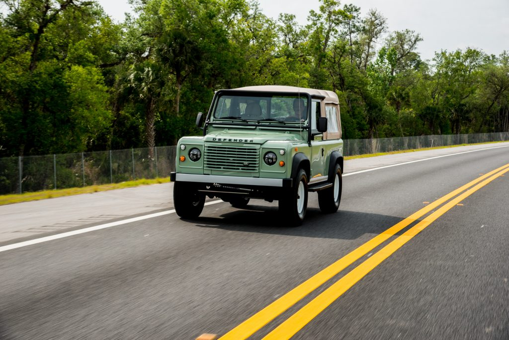 history of the land rover defender 90
