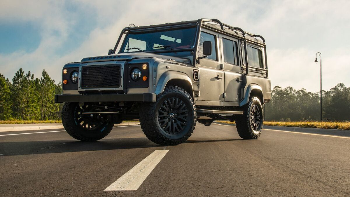 Kahn Body Kit Defender
