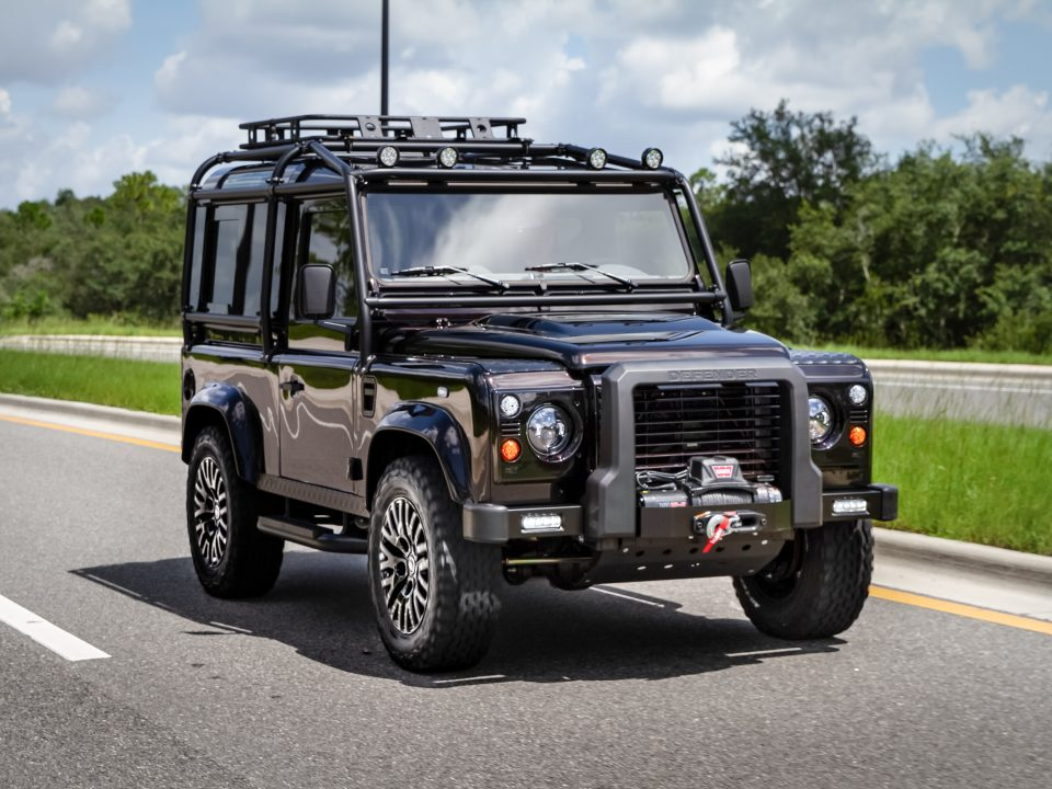 Defender 90 Land Rover Custom