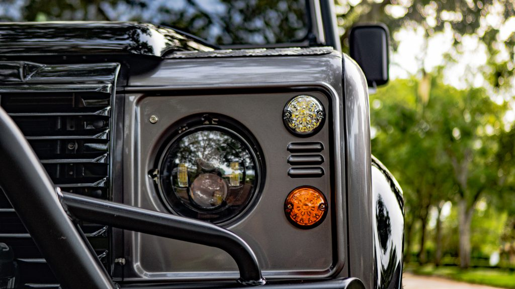 defender 110 headlights
