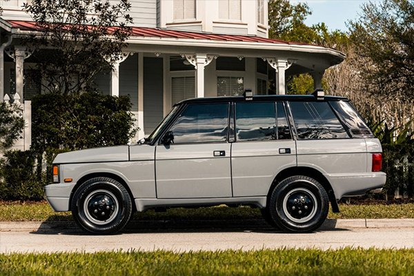 range rover classic from the side